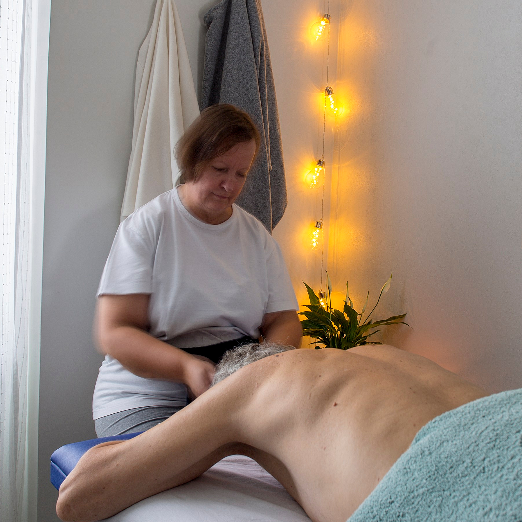 taktil massage händer hur gör man